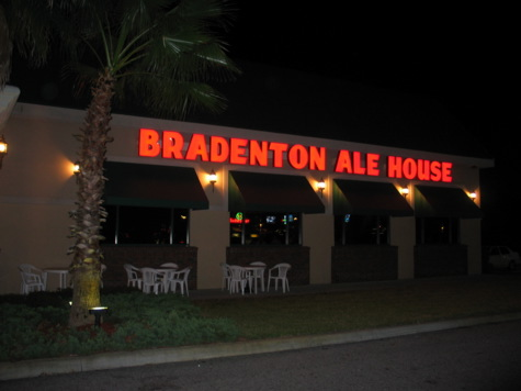 [picture: bradenton ale house sign]