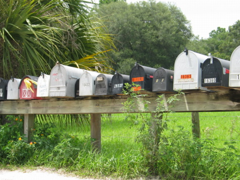 [picture: jul03myakka-mailboxes.jpg]