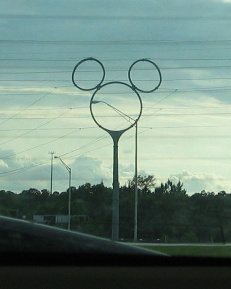 [picture: pvd-mickeypower.jpg]